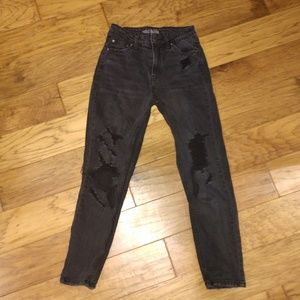 Black mom jeans!!!